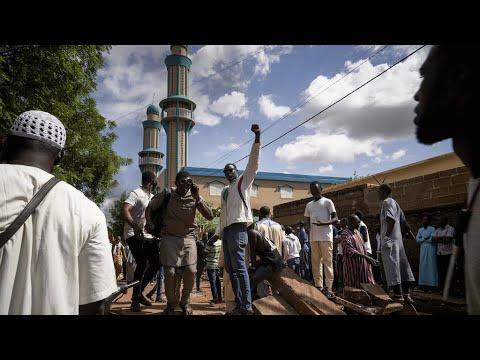 """Contestation au Mali : 4 morts à Bamako, """"dissolution de fait"""" de la Cour constitutionnelle"""