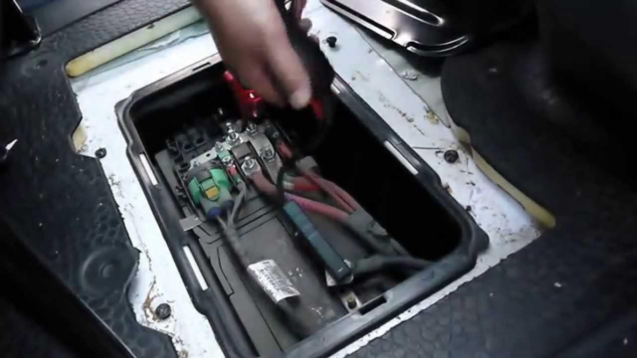 JumpsPower AMG18 Jump Start Renault Tarfic VAN 20 Litre Diesel  Real Performance Testing  YouTube