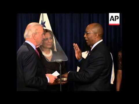 US Trade Representative Ron Kirk sworn in