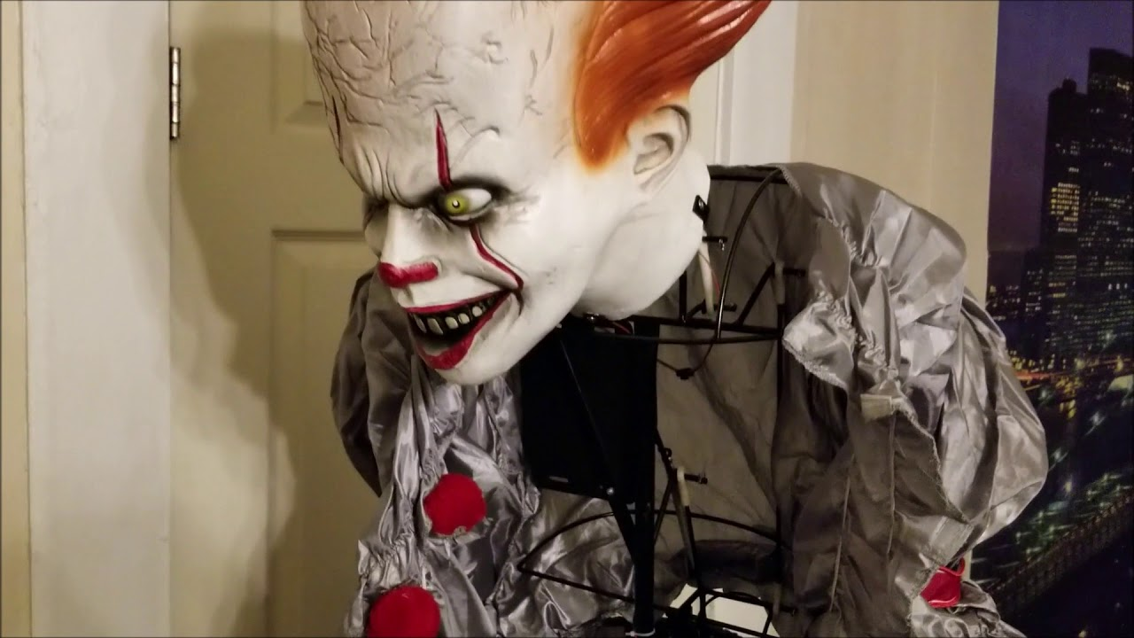2018 animated giant pennywise decoration 6ft - it party city, sold