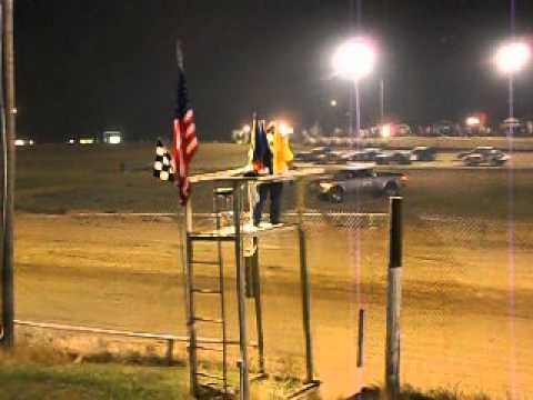 Mini Stock Race at Beebe Speedway part 2
