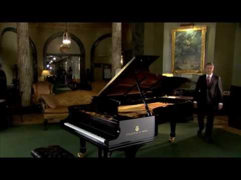 Steinway & Sons - The Features of the Steinway Piano