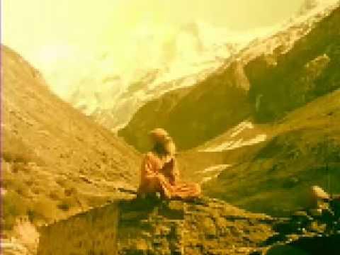 Ganga Ki Saugahnd - Maano To Main Ganga Hoon - Lata Mangeshkar