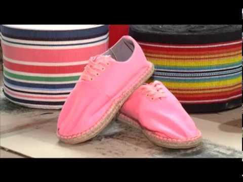 Reportaje zapatos artesanales Shambana y Ushuta - Otavalo Ecuador ... 5291027b10fa