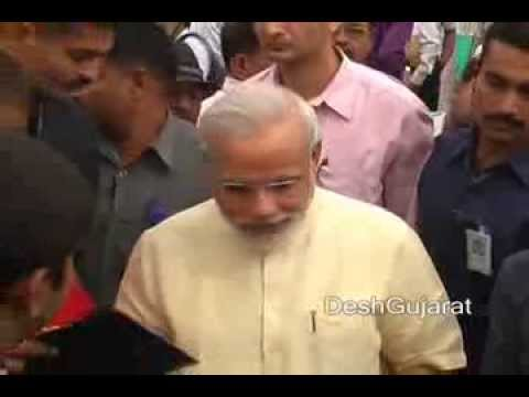 Narendra Modi hosts lunch for media persons in Gujarat capital on Gujarati new year occassion