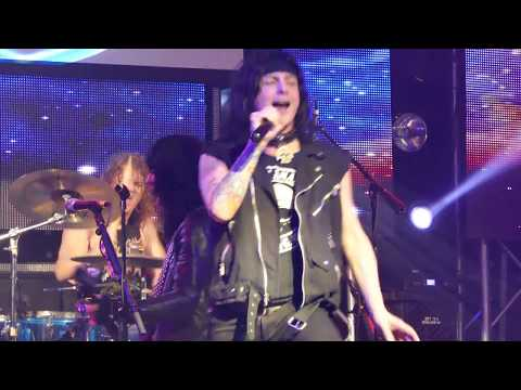 La Guns 2018 The Flood is the fault of the...