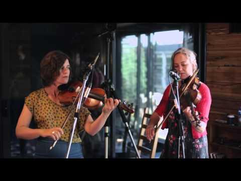 Sally Anne - Devil Goat Family String Band