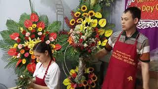Dạy bó hoa cưới cầm tay cô dâu theo phong cách 3d tại trung tâm điện hoa lily.