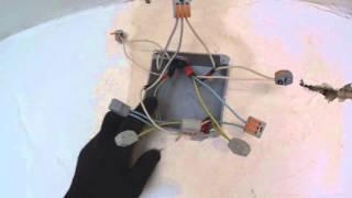 Как подключить проходной 2 клавишный выключатель(