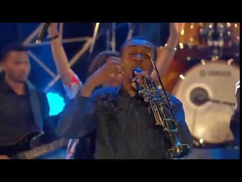 Download NATHANIEL BASSEY OLOWOGBOGBORO PERFORMANCE AT THE EXPERIENCE #TE12