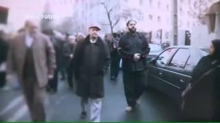مداحی حاج محمود کریمی در داخل قبر شهید مدافع