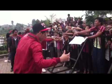 XO-IX - backstage HHH pamulang