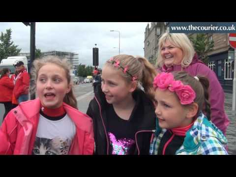 Thousands of Little Mix fans descend on Dundee