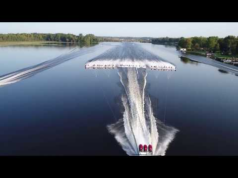 Evinrude powers another GUINNESS WORLD RECORDS