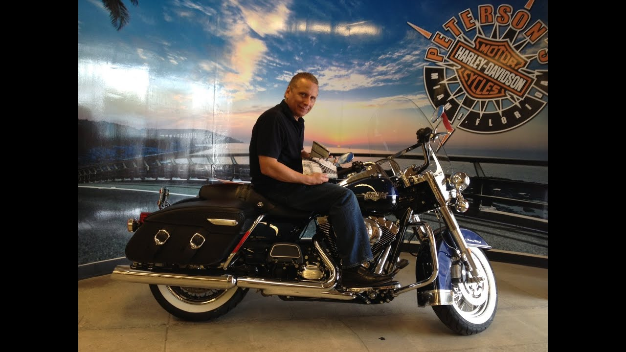 revving up sales at harley davidson essay Harley-davidson is one of those excellent companies, which have challenged traditional ideas of supply and by 1981, amf had had enough of the motorcycle business and put harley-davidson up for sale harley revs up its engines teerlink knew that the best way to improve quality and.