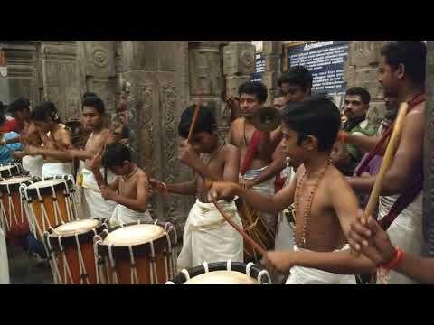 chendi melam (Kerala Drums music) in Chidambaram Natarajar Hindu temple, India