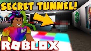 I BUILT A 'SECRET' TUNNEL IN MY BLOXBURG BASEMENT! (Roblox)