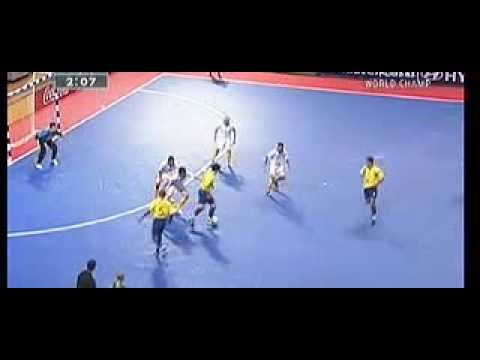 cf780e3d7d315 Australia vs. Brazil (22 11 2004 - Chinese Taipei) Futsal World Cup ...