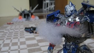 Transformers: AoE Galvatron vs Optimus Prime +Chicago chase scene