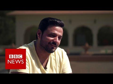 Flirting across the India-Pakistan border - BBC News