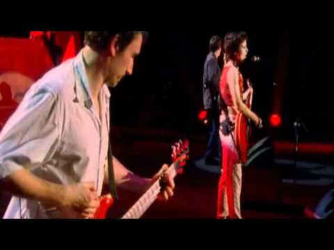 The Cranberries - Zombie @ Live In Paris DVD 2001 (HD)
