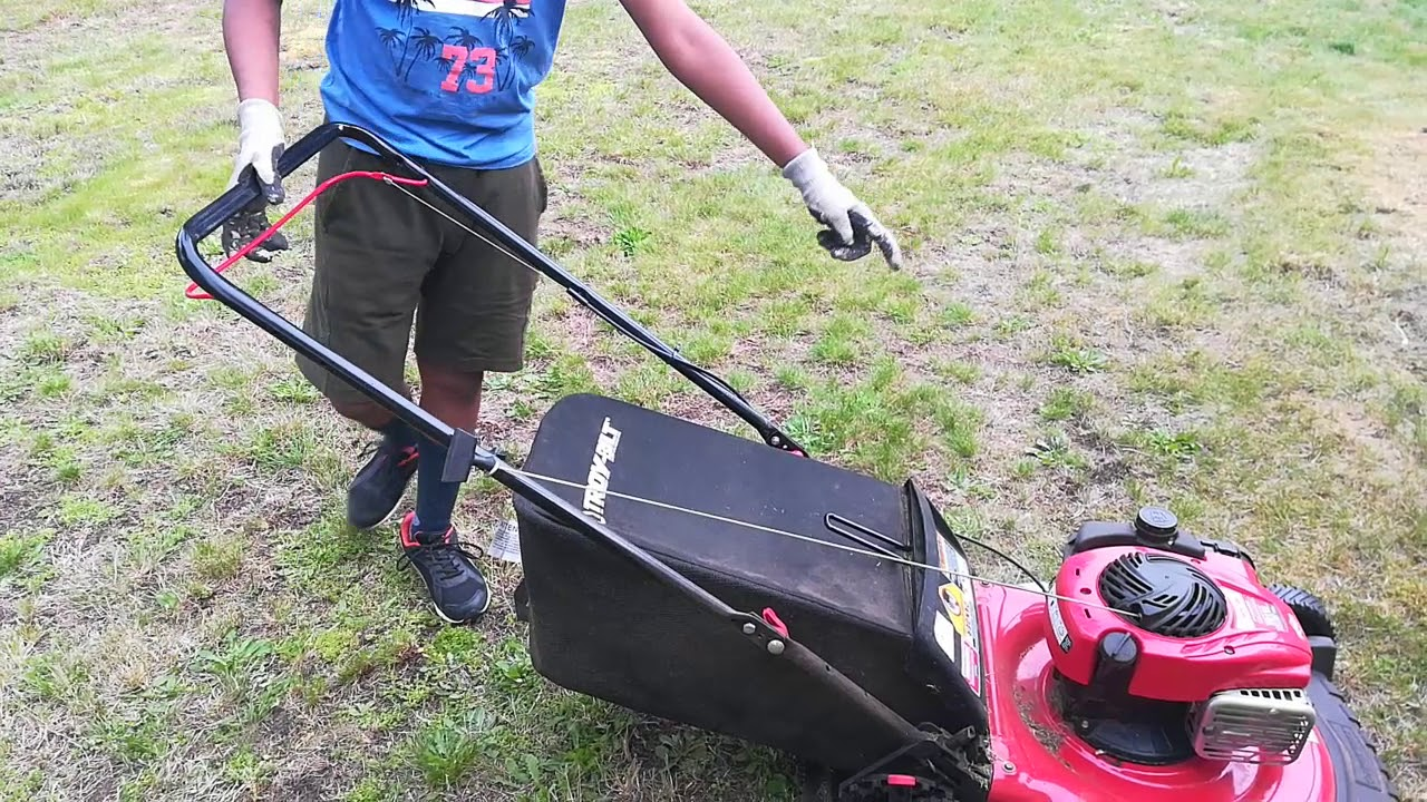 Troy Bilt Tb110 How To Empty Dust Bag Youtube