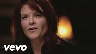 "Rosanne Cash - ""Runaway Train"" - Live From Zone C"