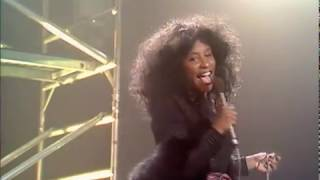 Chaka Khan - What Cha39 Gonna Do For Me Official Music Video