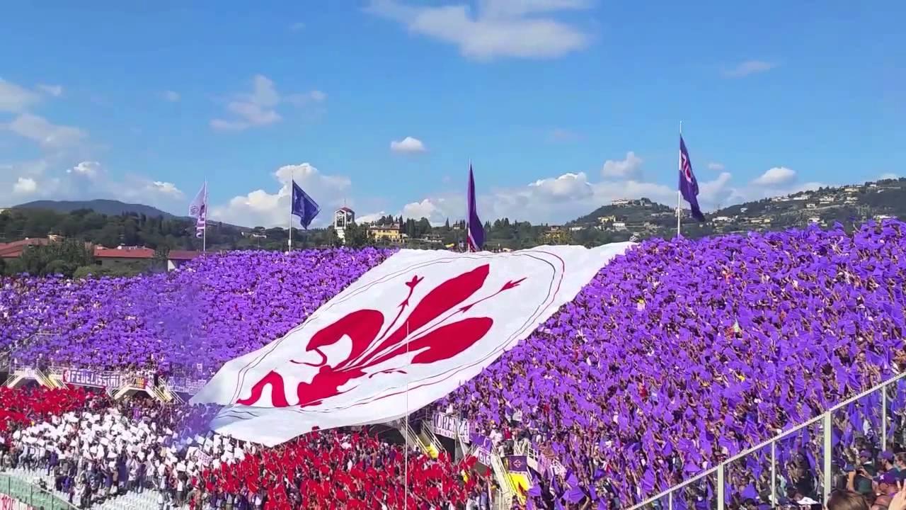 Fiorentina - Genoa 14/09/14 Coreografia curva Fiesole   inno Fiorentina  cantato dai tifosi - YouTube
