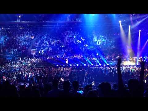 Forever Love (Ending theme) - X Japan at Madison Square Garden 10/11/2014