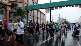 こんにちは。この前あまちゃんマラソンが、台風24号が接近する雨降る中...