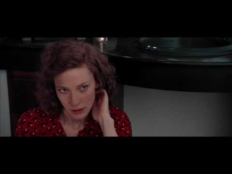 The Aviator (2004) - Howard/Kate Bathroom Scene