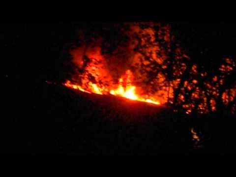 Доброполье, Саратовская 30, пожар на крыше.