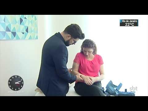 Pacientes com câncer de mama podem sentir fortes dores mesmo após cirurgia | SBT Notícias (17/10/17)