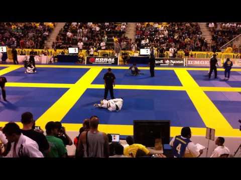 Koji Shibamoto Vs Todd Kalani Tanak Black belt BJJ Fight 2011 Mundials