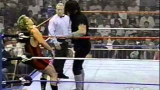 1994 08 08 Raw   Fake Undertaker vs Butch Banks