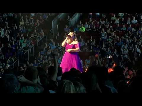 KELLY CLARKSON.....Piece By Piece Tour highlights 2015