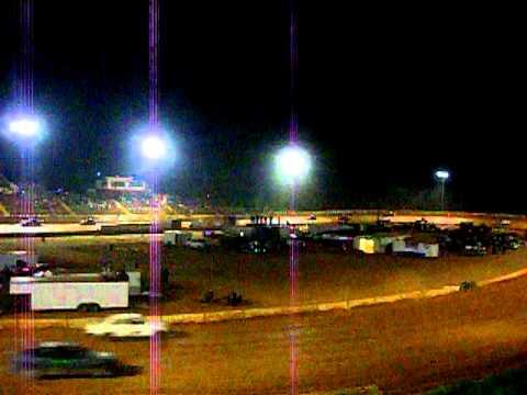 4/30/11 Friendship Motor Speedway Enduro pt. 1
