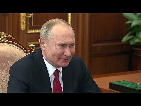 Владимир Путин встретился с президентом - председателем правления Банка ВТБ Андреем Костиным.