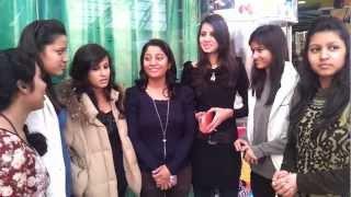YO YO Honey Singh should stop making vulgar songs on females: Young Girls