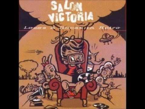 Salon victoria mil coyotes marihuanos youtube for V encarnacion salon