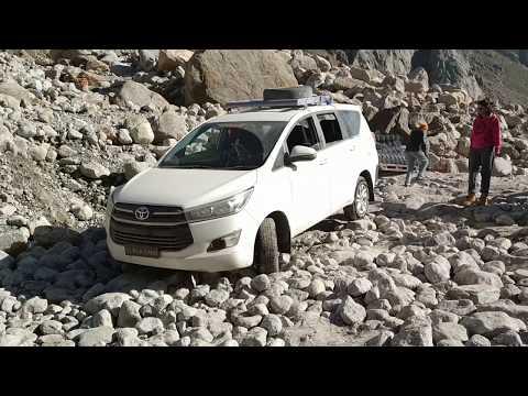 Himachal Offroading - Old Innova v/s New Innova Crysta in Manali-Kaza Road (Spiti Valley)