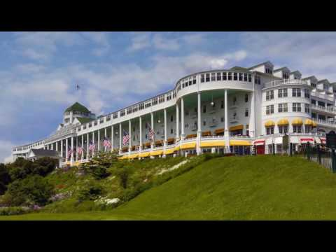 10 Minute Tourist: The Straits of Mackinac