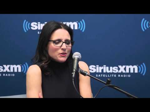 Julia Louis-Dreyfus Reminisces about Seinfeld // SiriusXM //Entertainment Weekly