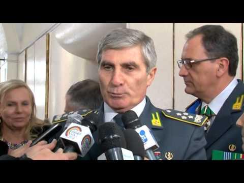 Napoli - Avvicendamento al vertice della Guardia di Finanza -1- (16.12.14)