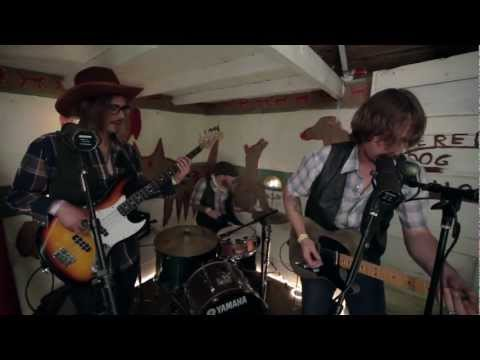 Sunday Valley (Sturgill Simpson) - Never Go To Town Again (Live from Pickathon 2011)