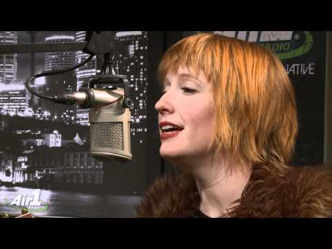 "Air1 - Leigh Nash ""Kiss Me"" LIVE"