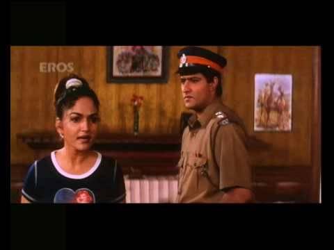 Girl caught red handed with drugs - Aaj Ka Ravan