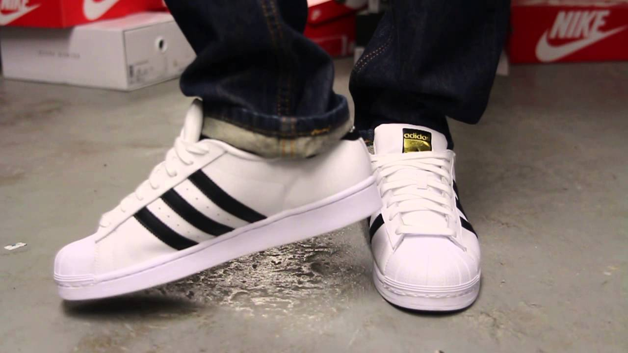 Adidas Superstar 2 Black/Grey on feet