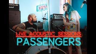 Смотреть клип Sumo Cyco - Passengers